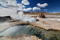 En geyserbubblande El Tatio Antofagasta region chile Arkivbilder