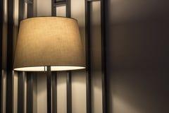 En golvlampa med bra blixt arkivfoton
