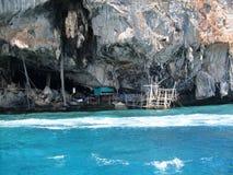 En grotta Arkivfoton