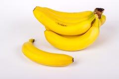 En grupp av isolerade bananer Royaltyfri Fotografi