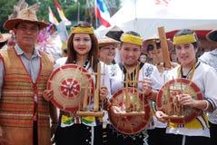 En grupp av Lundayeh av Sabah Arkivbild