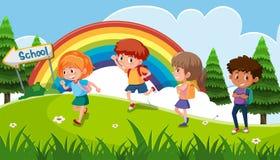 En grupp av ungen som går till skolan vektor illustrationer