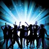 En grupp människor som har en bra tid i disko. Cro Fotografering för Bildbyråer