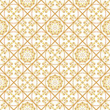 En guld- seamlesslmodell för kortet eller inbjudan med islam, Royaltyfri Bild