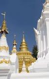 En guld- tempel Royaltyfri Fotografi