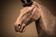 En häststaty från terrakottaarmén royaltyfri fotografi