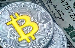 En härlig bild av bitcoinmyntet Fotografering för Bildbyråer