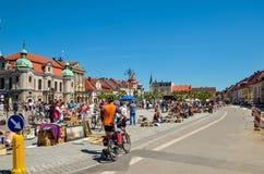 En härlig historisk marknad i Pszczyna, Polen Arkivfoton