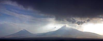 En härlig sikt av berget Ararat royaltyfria bilder