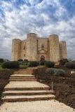 En härlig sikt av Castel del Monte i Puglia Arkivfoton