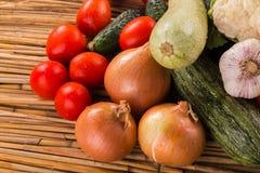 En härlig stilleben av mogna grönsaker Arkivbilder