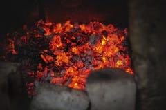 En härlig värme från kol Arkivbilder