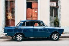 En härliga klassiska Lada i Trinidad, Kuba royaltyfri bild