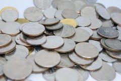 En hög av det Thailand myntet Royaltyfria Foton
