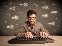 En hackernerdgrabb med utdragna lösenordtangenter Royaltyfri Foto