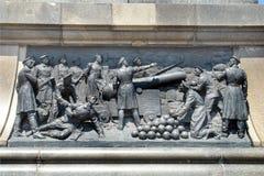 En haut relief sur le piédestal du monument à amiral Nakhimov à Sébastopol Image libre de droits