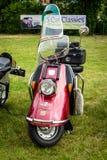 En Heinkel för motorisk sparkcykel turist 103 Fotografering för Bildbyråer