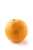 En hel apelsin mot en vit bakgrund Royaltyfri Foto