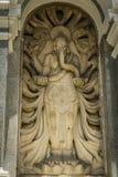 En hinduisk gudstaty som göras från stenen som visas på kebunrayaen bogor indonesia Royaltyfri Fotografi