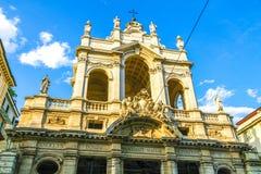 En historisk kyrka i Torino, Italien royaltyfri foto