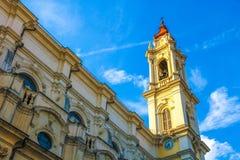 En historisk kyrka i Torino, Italien arkivbild