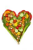 En hjärta som göras av grönsaker. sunt äta royaltyfria bilder