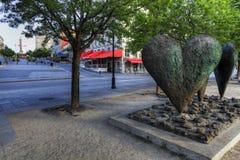 En hjärtaskulptur i Montreal arkivbilder