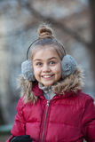 Stående av en rolig liten flicka Royaltyfri Bild