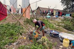 En indier Washerman lokalt kallade 'Dhobi ', arkivbilder