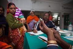 En inomhus klinik för under-previleged barn royaltyfri foto