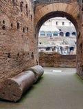 En inre sikt av Colosseum i Rome Royaltyfri Fotografi