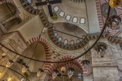 En inre sikt av den Suleymaniye moskén (Suleymaniye Camisi), Ist Royaltyfria Bilder