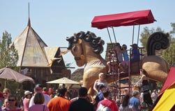 En jätte- häst på den Arizona renässansfestivalen Arkivbild