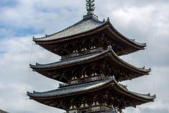En japansk tempel i Nara i Japan royaltyfri fotografi