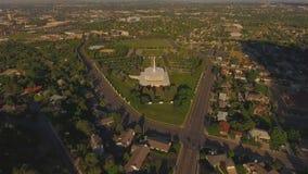 En julio de 2016: Vista aérea del templo mormón de LDS en Provo Utah metrajes