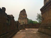 En khmertemplet fördärvar axeln Pre Rup, Cambodja arkivfoton