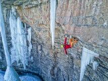 En kompetent klättrare i Vail, Colorado royaltyfri fotografi