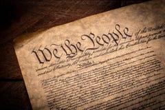En kopia av konstitutionen av Amerikas förenta stater royaltyfria foton
