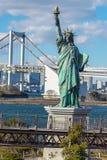 En kopia av statyn av frihet Arkivfoton