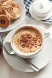 En kopp av kaffe royaltyfri fotografi