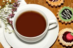 En kopp av klassiskt te fotografering för bildbyråer