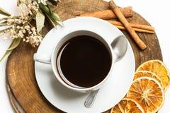 En kopp av svart coffe Arkivbild