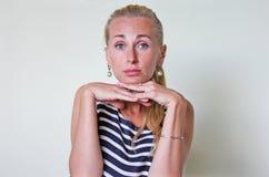 En kränkt barn- kvinna Fotografering för Bildbyråer