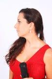 En kvinnlig sångare i handling Arkivbild