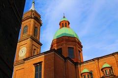 En kyrka i bolognaen, Italien royaltyfri bild