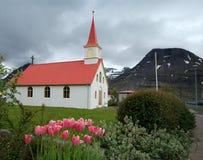 En kyrka i Island Royaltyfria Bilder