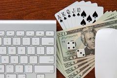 En línea jugando Imágenes de archivo libres de regalías
