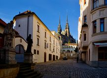 En la ciudad vieja Brno del centro Imágenes de archivo libres de regalías