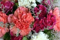 En la colección de muchos ramos florales; color; colorido; belleza Imagen de archivo libre de regalías