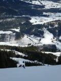 En la cuesta del esquí Fotos de archivo